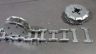 Rover R12, components of the tracks