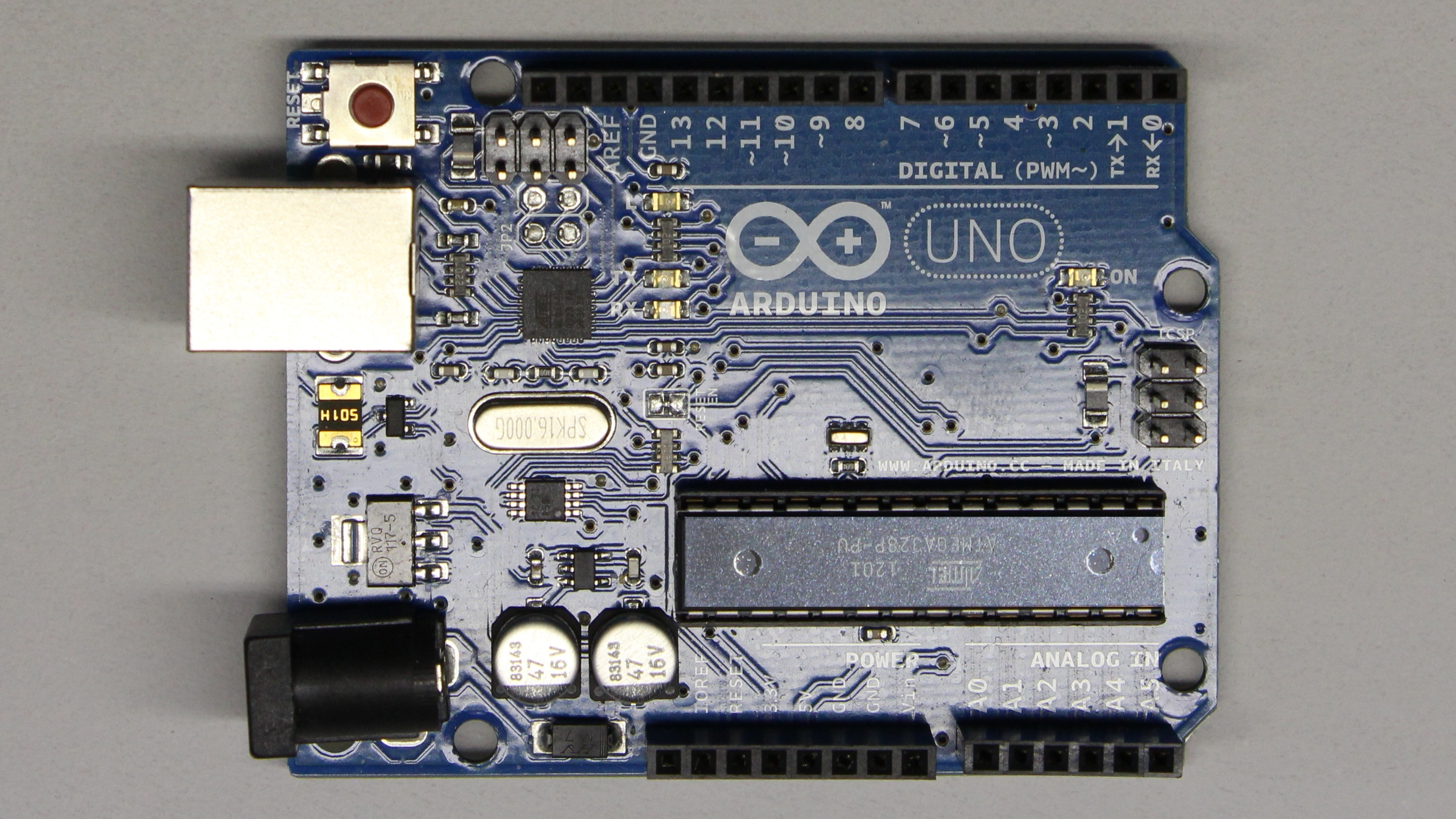 Arduino uno microcontroller homofaciens
