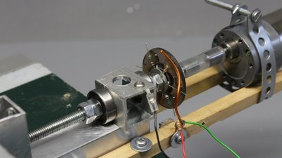 Rotary encoder composed of resistors
