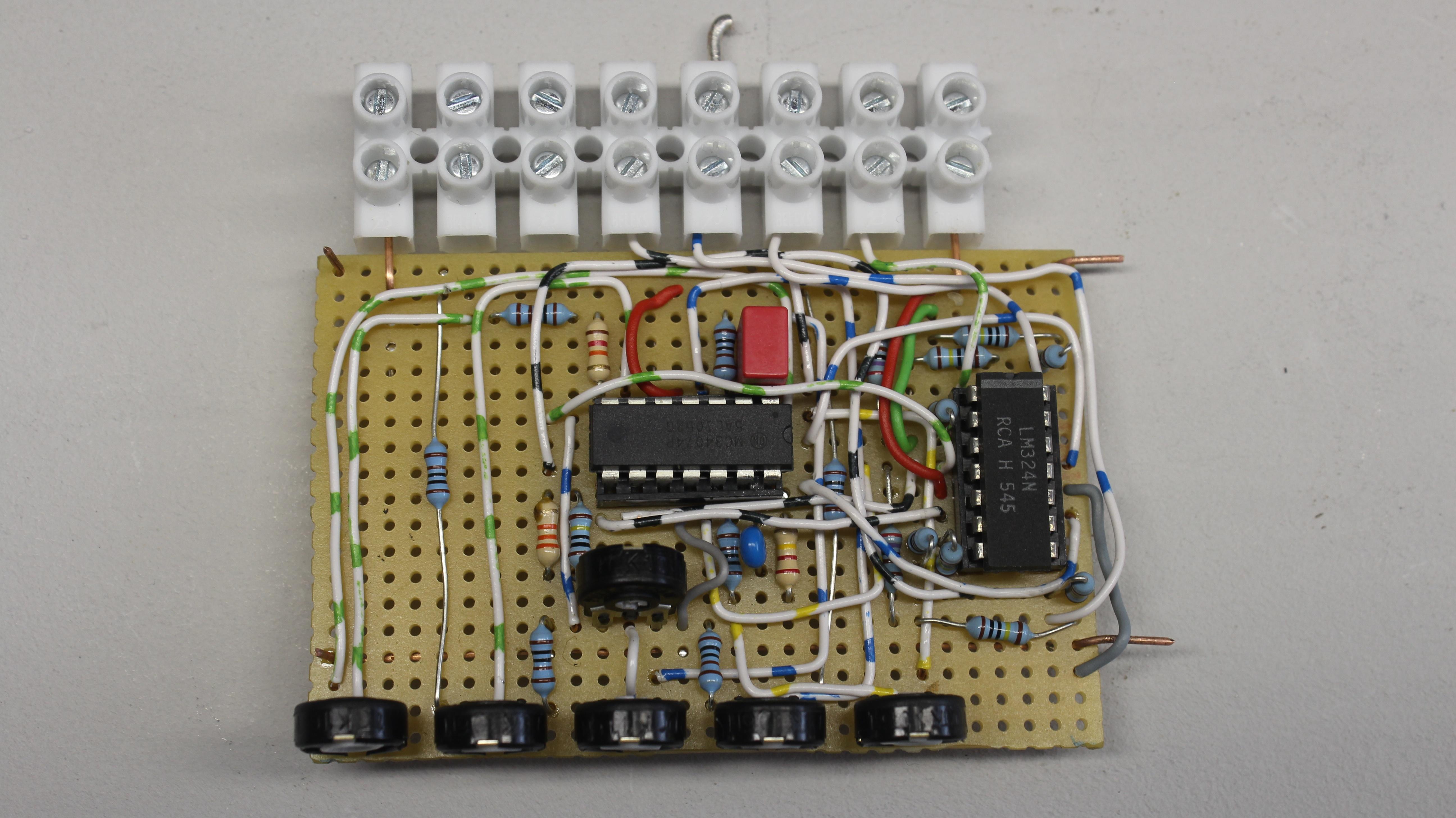 Mikrofon Girisli  lifikatorlu 4 Kanal Mikser as well 1n4732 Zener Diode 1w 4 7v likewise Laboratuar Guc Kaynagi 0 350 Volt 0 400ma Ayarli together with Op  4 likewise Low Noise  lifier For Gps Applications Using Bfp640 Sige Transistor L38174. on op amp circuits