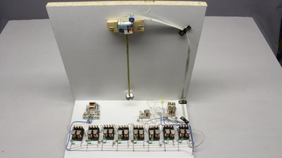 Clock composed of relays